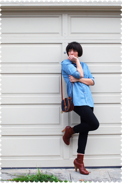 blue Dooney & Bourke bag - brown seychelles shoes - black PacSun jeans