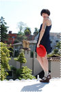 Red-hat-blue-dear-creatures-beige-socks-brown-kork-ease-shoes
