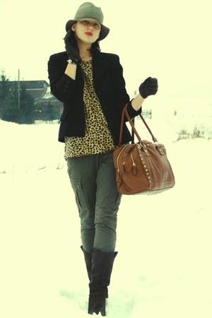 olive green Primark pants - dark brown vintage shoes - bronze Primark bag - blac