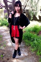 black shoe show boots - black oversized Valleygirl cardigan
