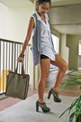Heather-gray-zara-vest-forest-green-jlo-heels-silver-f21-earrings-black-wh