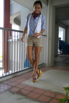 beige Mango shorts - white cotton on vest - brown Steve Madden shoes