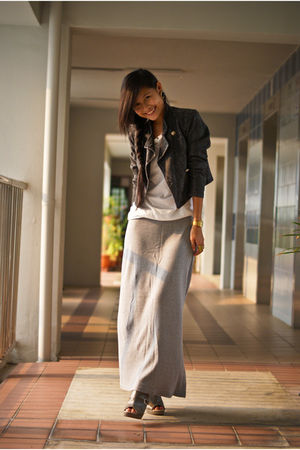 white Bershka top - silver skirt - gray Club Marc jacket - gray Charles & Keith