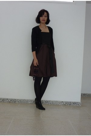 black black Zara tights - dark brown cotton Mango dress