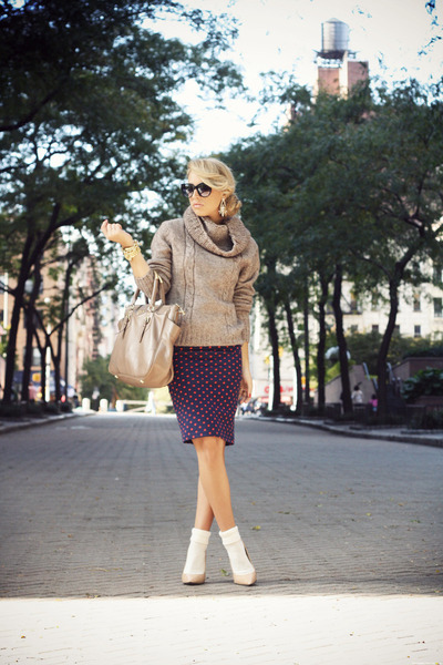 brown Zara sweater - tan Prada bag - navy H&M skirt - neutral Bufalo heels