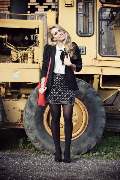 black She Inside skirt - black Zara blazer - white Forever21 shirt