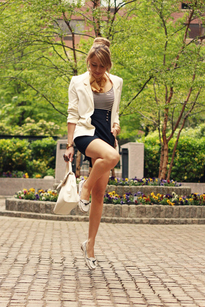 white H&M blazer - navy Zara dress - white H&M bag