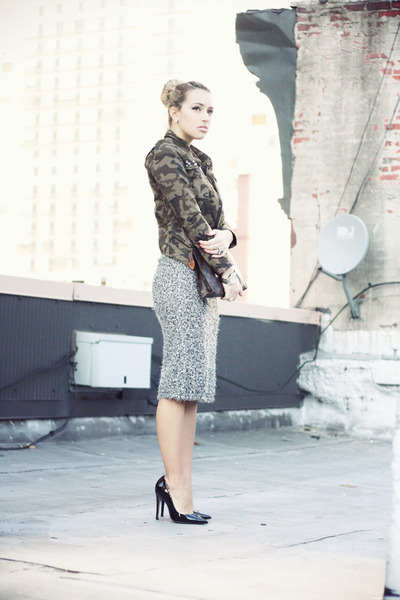 olive green VJ-style jacket - dark brown Louis Vuitton bag