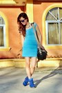 Sky-blue-caged-bodycon-props-dress-navy-reflector-oakley-sunglasses