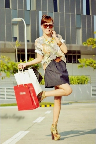 baroque Its Vintage Darling top - floral luxury mall boots
