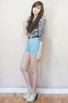 Gold Dot clogs - Trunk Show shorts - H&M top - Forever 21 bracelet - Zara belt