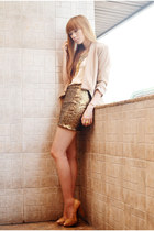 tonic shoes - tarte blazer - The Berries top - butterfly Extreme finds necklace