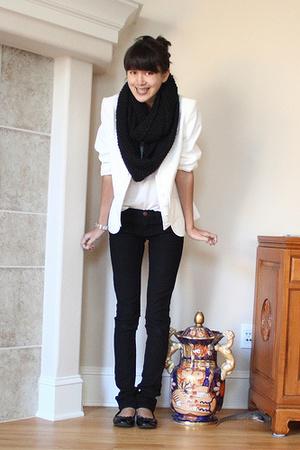 white Ellen Tracy blazer - black J Brand jeans - black H&M scarf