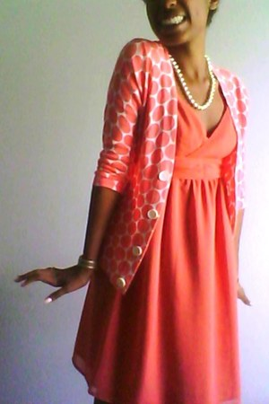 coral cotton JCrew sweater - salmon kohls dress - pearls necklace