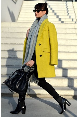 coat coat - yellow coat