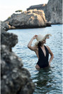 Lycra-swimwear