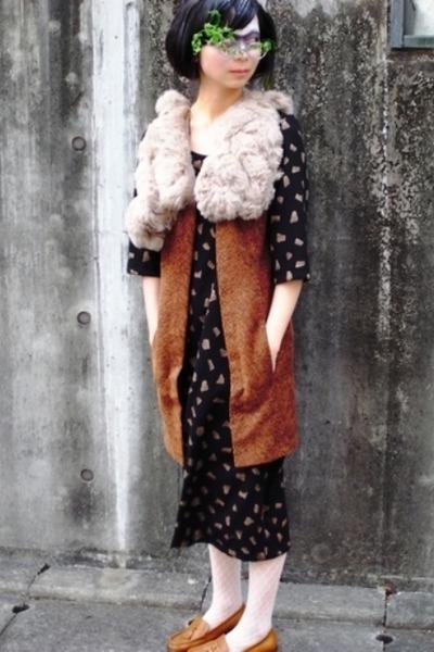 black dress - brown vest