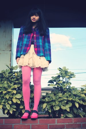 eggshell iwearsin skirt - violet vintage blazer - bubble gum tights