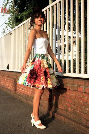 white top - white skirt - white shoes