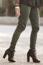 Forest-green-zara-pants-black-parisian-boots-heather-gray-uniqlo-hat