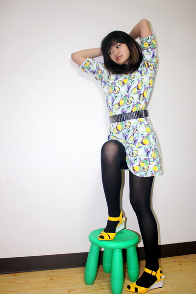 green Uniqlo dress - black tights - gold shoes