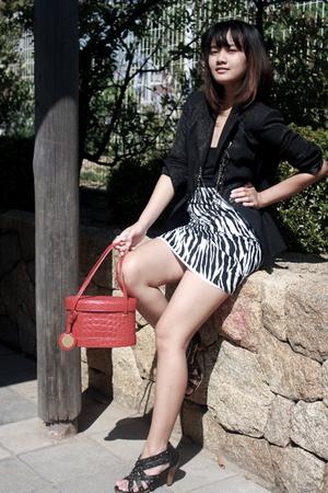 black from japan blazer - black Possiblity shoes - black ingni skirt