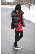 black beanie H&M hat - red plaid H&M shirt - black leather Converse sneakers