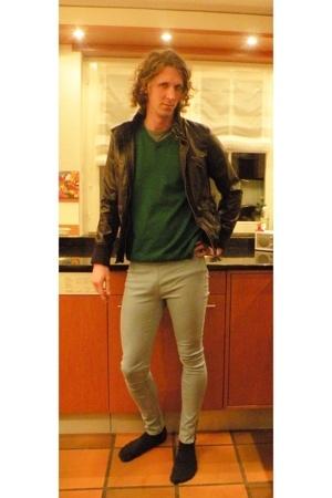 Only leggings - jacket - sweater