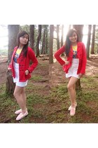 red Plains&Prints blazer - white crissa bodysuit - Lacoste sneakers