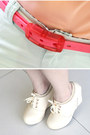 Light-blue-shorts-peach-blouse-bubble-gum-belt