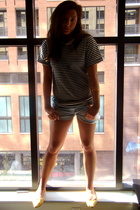 American Apparel t-shirt - forever 21 shorts - Urban Outfitters shoes - thrifted
