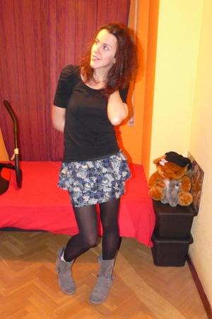 blue skirt - black t-shirt - silver boots