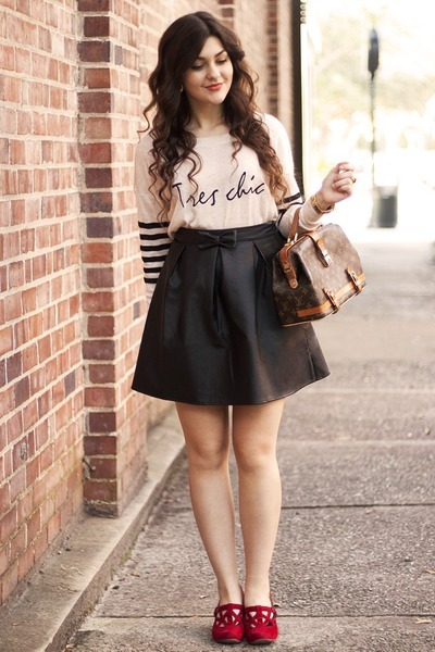 off white Poppy Lux sweater - black faux leather sugarhill boutique skirt