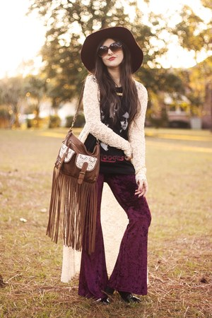 brown T-shirt and Jeans bag - Forever 21 pants