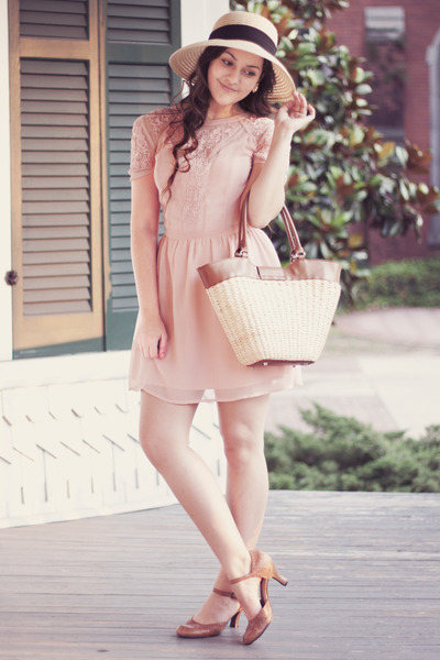 light pink Urban Outfitters dress - tan straw thrifted bag