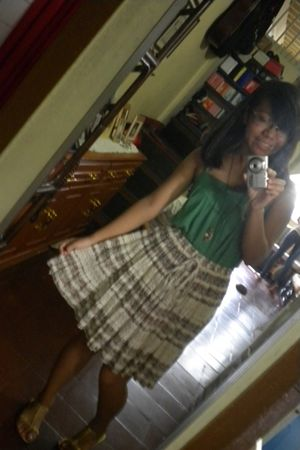 green supre top - brown skirt - gold unbranded shoes - silver necklace