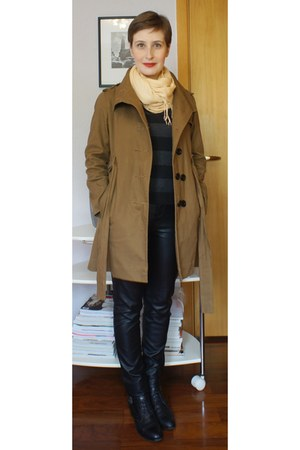 black c&a pants - black corello boots - light brown laundry jacket
