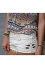 White-jeans-zara-shorts-lime-green-hm-bracelet