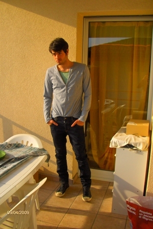 H&M pants - H&M t-shirt - Converse shoes