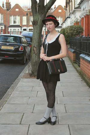 black Primark dress - black velvet vintage hat - navy vintage bag - heather gray