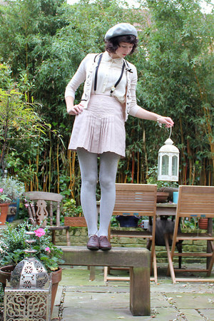 eggshell vintage skirt - cream charity shop shirt - heather gray H&M tights - ne