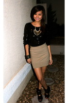 black thrifted top - beige Forever 21 skirt - black Topshop shoes - silver neckl