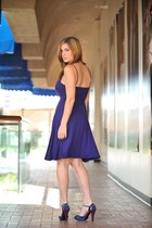 blue romans dress - violet romas shoes