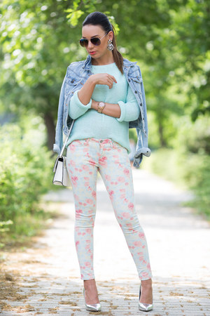 salmon floral Mango jeans - sky blue River Island jacket