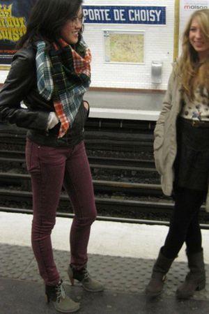 purple Abby Dawn jeans - gray Terra Plana shoes - black Express jacket - black F