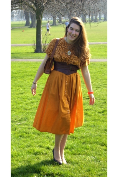 vintage from Ebay top - thrifted C&A skirt - jocasi belt - vintage accessories -