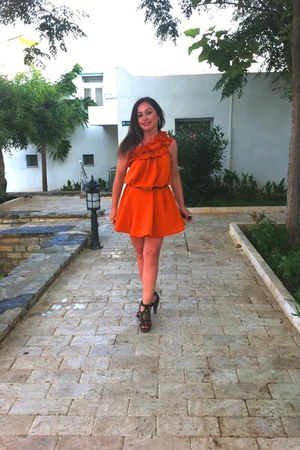 dark brown Vince Camuto shoes - carrot orange orange dress hm dress