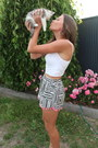 White-crop-singlet-cotton-on-top-black-pom-pom-hem-ids-shorts