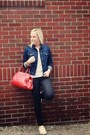 Navy-gap-jacket-red-jcrew-bag-white-gap-t-shirt-white-converse-sneakers