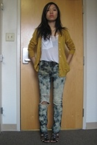 Urban Outfitters - Kain t-shirt - Uniqlo jeans - Nine West shoes